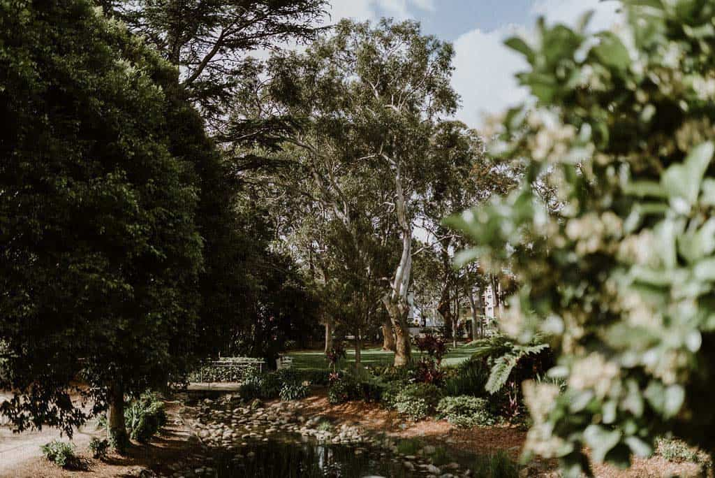 beautiful outdoors ceremony location captured by james white hunter valley wedding photographer